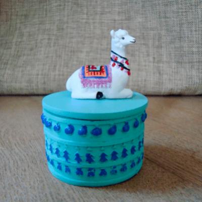 Decoratief opbergdoosje met Lama wit