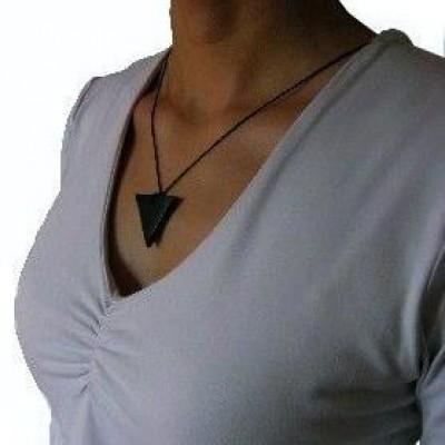 Shungiet hanger driehoek
